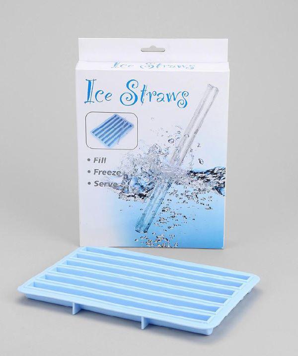 Sử dụng ống hút đá lạnh bảo vệ môi trường